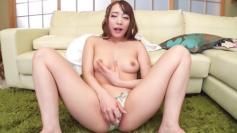 Airi Mashiro sucks cock until the last drop of jizz