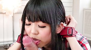 Riisa Minami pleasing with warm asian blow job