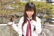 Asian schoolgirl presents herself masturbating  Photo 6