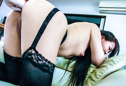 Anal sex with Asian amateur bimboMorita Kurumi