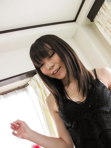 Strong POV sex adventure with slim Airi Sasaki Photo 3