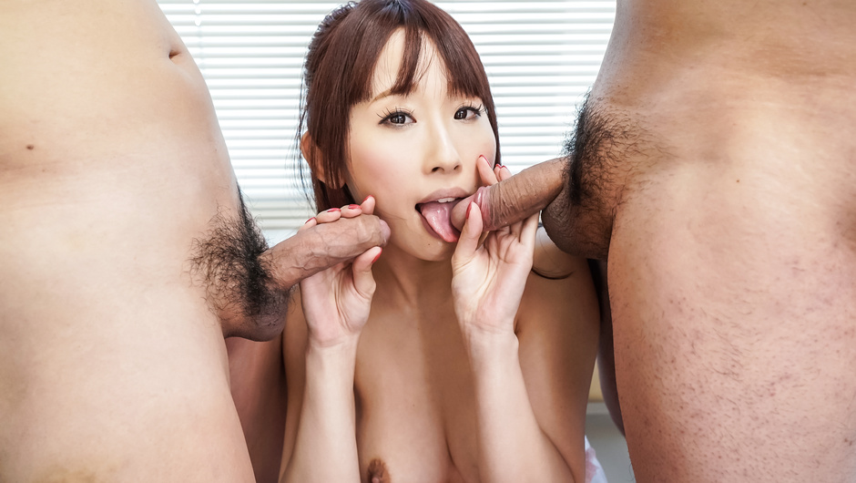 Amazing Asian blowjob by hot bimbo Yui Misaki