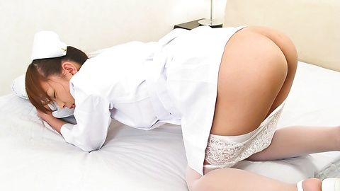 There is a lovely pussy under Miina Minamoto´s nurse uniform