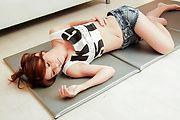 Oiled up asian milf Rosa Kawashima fucked with a vibrator Photo 3