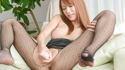 Asian huge dildo to please naughty...