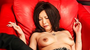 A Vibrator From A Friend Helps Ayami Squirt