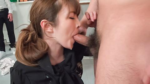Miku Ohashi provides Japan blowjob at school