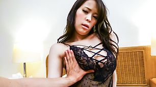 AMateur asian blowing a tasty cock in pov