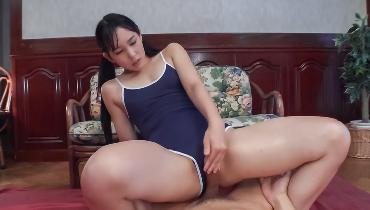 Yui Kasugano Asian blowjobs and pure sex on cam