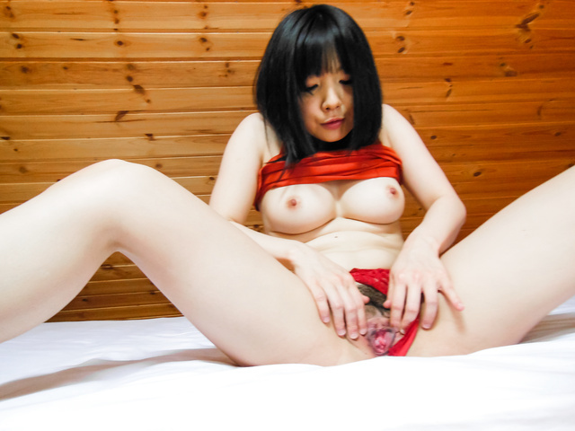Stunning POV scenes with Airi Minami getting masturbated  Photo 3