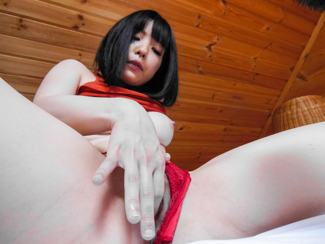 Stunning POV scenes with Airi Minami getting masturbated  Photo 6