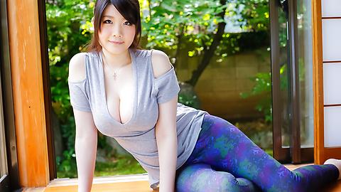 人気の全裸家政婦立川理恵~パイ...