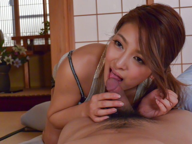 AmateurNana Ninomiya enjoys Japan blow job Photo 10