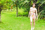 Minami Asano amazes with her outdoor Asian blowjob  Photo 4