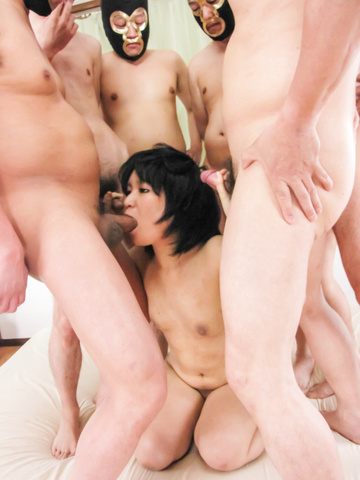 Saki Umita gets her fill of cock and asian anal sex Photo 3