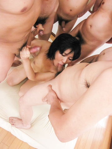 Saki Umita gets her fill of cock and asian anal sex Photo 5