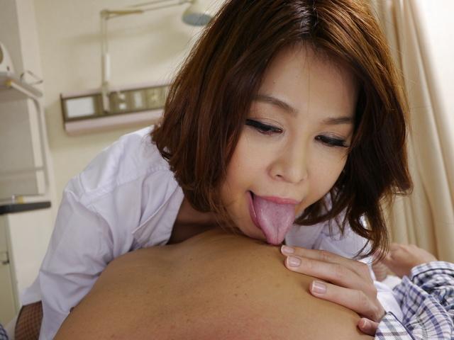 Japanese anal dildo makes Erika Nishino to go nasty Photo 3