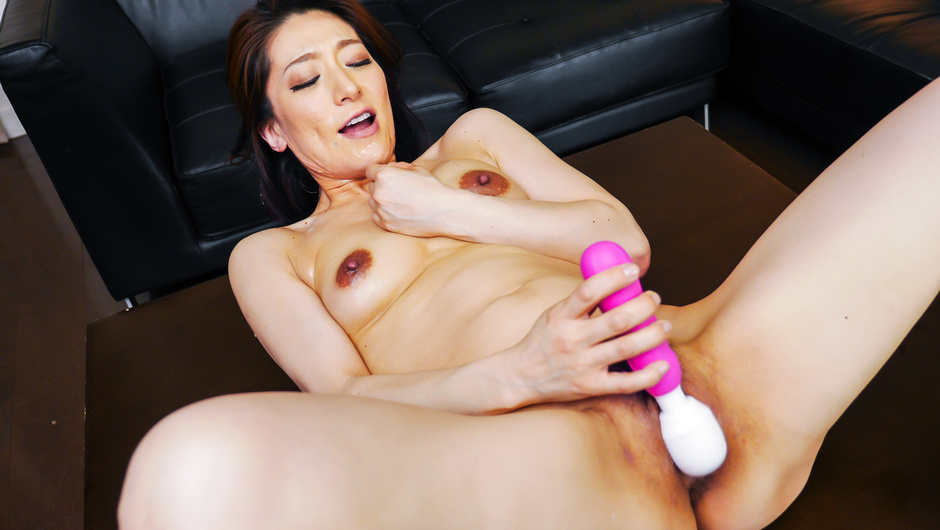 Big tits hottie enjoys group sex at work