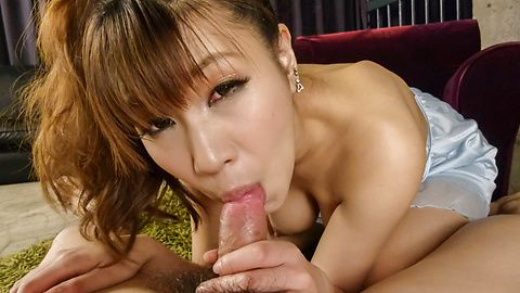 Natsuki Shino servicing him with a...