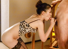 Kei Akanishi in hot lingerie gives an asian blow job