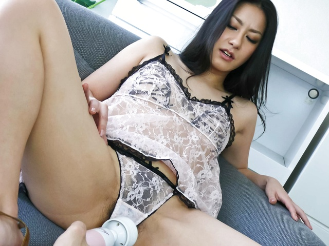 Cute Oriental babe Ishiguro Kyoka vibed on the couch Photo 1