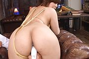Ririsu Ayaka's asian milf pussy cums hard from vibrators Photo 6