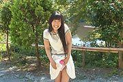 Japanese outdoor posing with youngYui Kasugano Photo 6