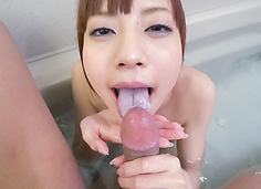 Amateur beauty superb Asian blow job in the tub