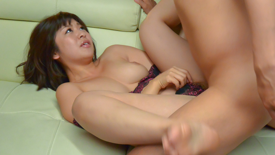 Big tits Wakaba Onoue receives strong dick in hardcore