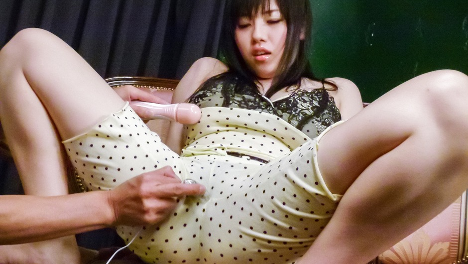 Azusa Nagasawa with big asian tits gets cumshots