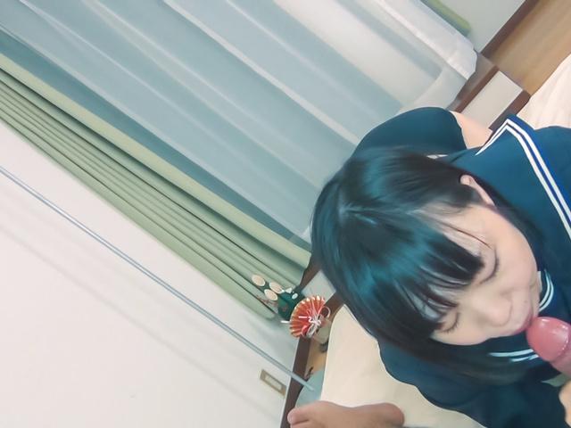 Asian amateur porn with young JapaneseYuri Sakurai Photo 4