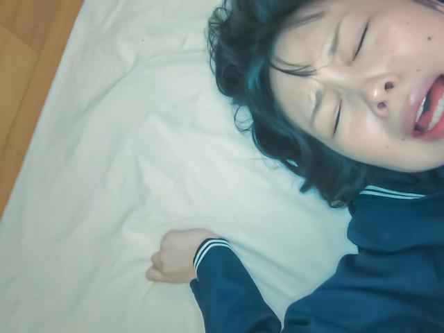 Asian amateur porn with young JapaneseYuri Sakurai Photo 8