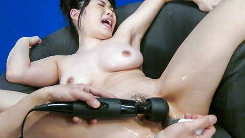 Asian dildos to pelase Honami...