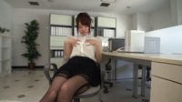 S Model 77 ~Habitude of Office Lady~ : Yui Uehara (Blu-ray) - Video Scene 4, Picture 1