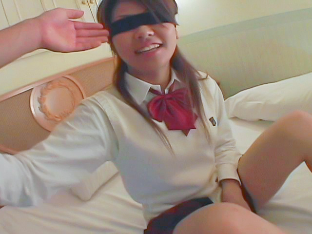 Asian blowjobs by kinky Japanese schoolgirl Miho Photo 3