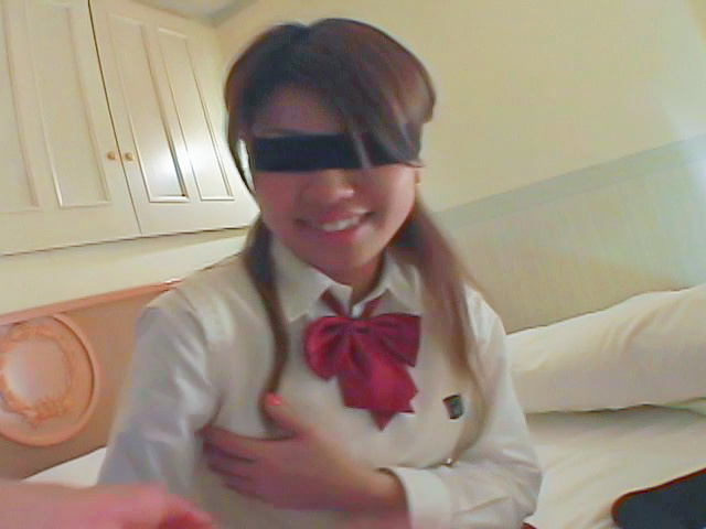 Asian blowjobs by kinky Japanese schoolgirl Miho Photo 7