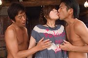 Curvy MILF Ririsu Ayaka having asian group sex Photo 3