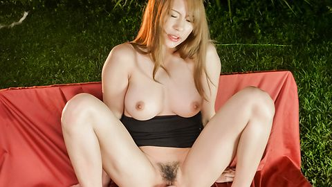 Japanese insertion for sleazy Nami...