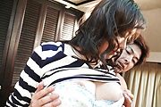 Naughty Mature Hitomi Aizawa's Double Penetration Sex Photo 12