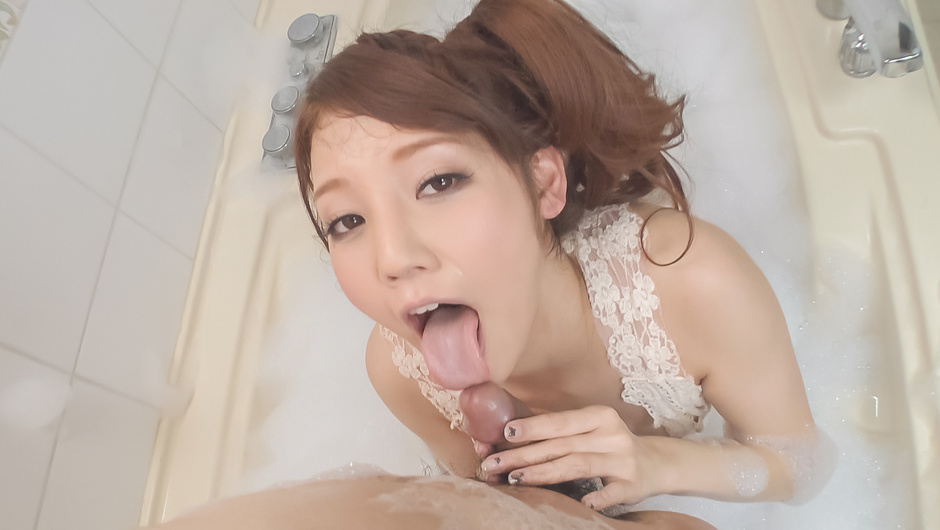 Soapy Asian blowjob along superb Rei Mizuna