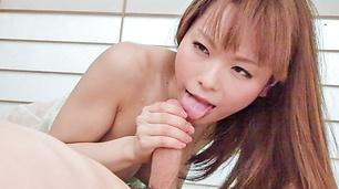 KIRARI 53 ~可愛い介護士!中出しサービス~ : 園咲杏里 ( ブルーレイ版 ) - ビデオシーン 1