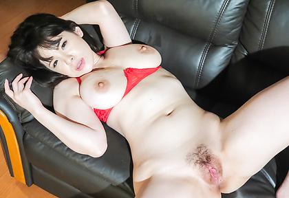 Asian big tits babe,Koyomi Yukihira, fucking in threesome