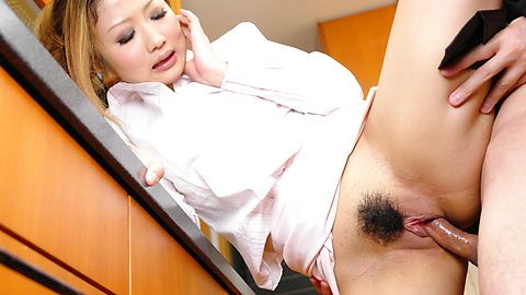 Hibik Ohtsuki in a hot threesome with double penetration