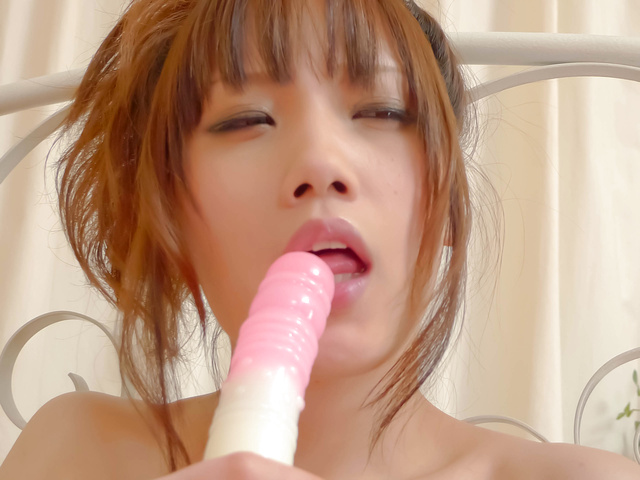Petite hottie Ageha Kinashita group sex action