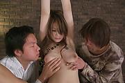 Rika Sakurai in unusual pussy camera feature Photo 5