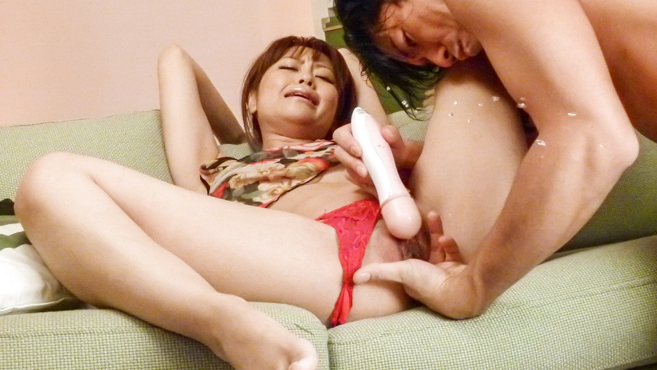Hot Asian squirting with sexy Japanese doll Maika