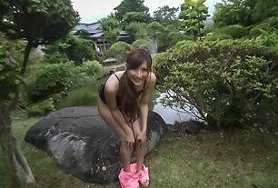 Outdoor Japanese street porn with Reira Aisaki