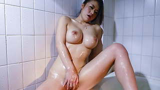 S Model 84 Fuck with Busty Body : Kaede Niiyama (Blu-ray) - Video Scene 5