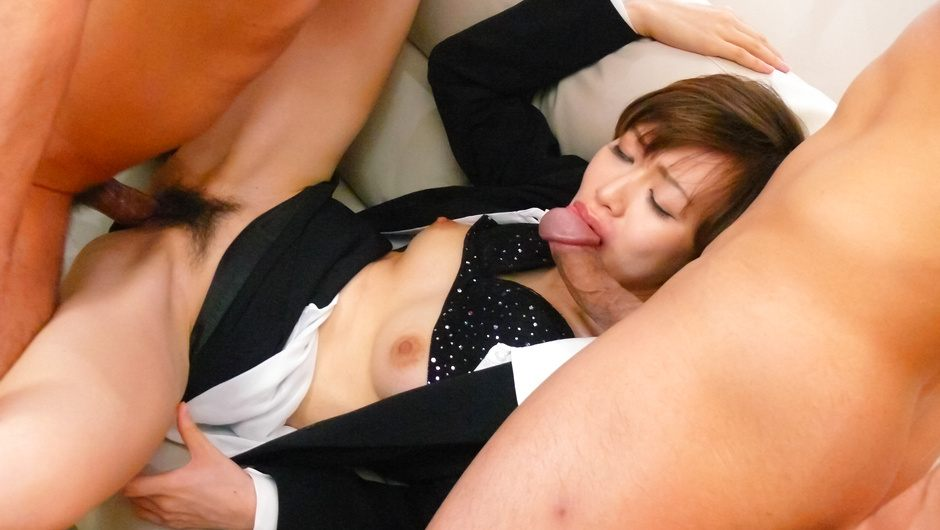 Horny asian milf Akina Hara fucks two cocks