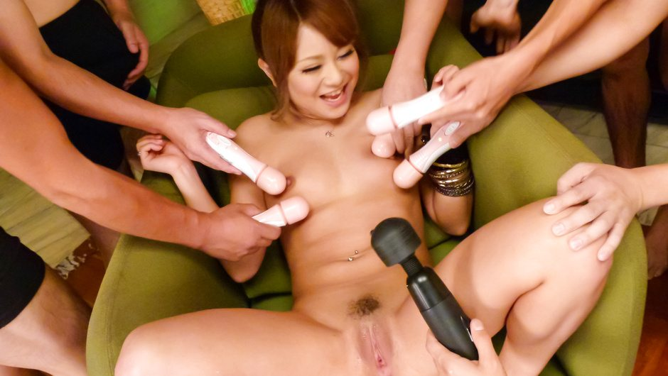 Horny Japanese milf, Cocoa Ayane, enjoys a good smacking